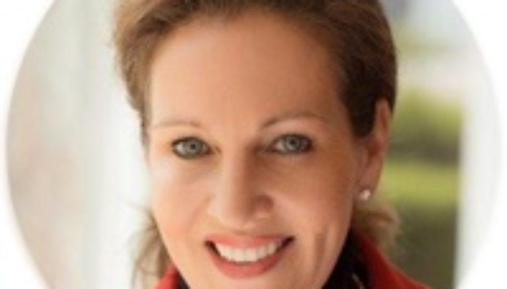 Dr. Claudia E. Enkelmann